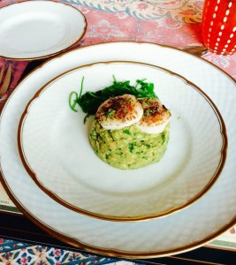 Guacamole with Singed Scallop and Algae Sald